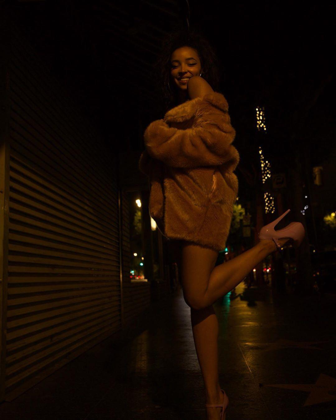 Tinashe Sexy 0074