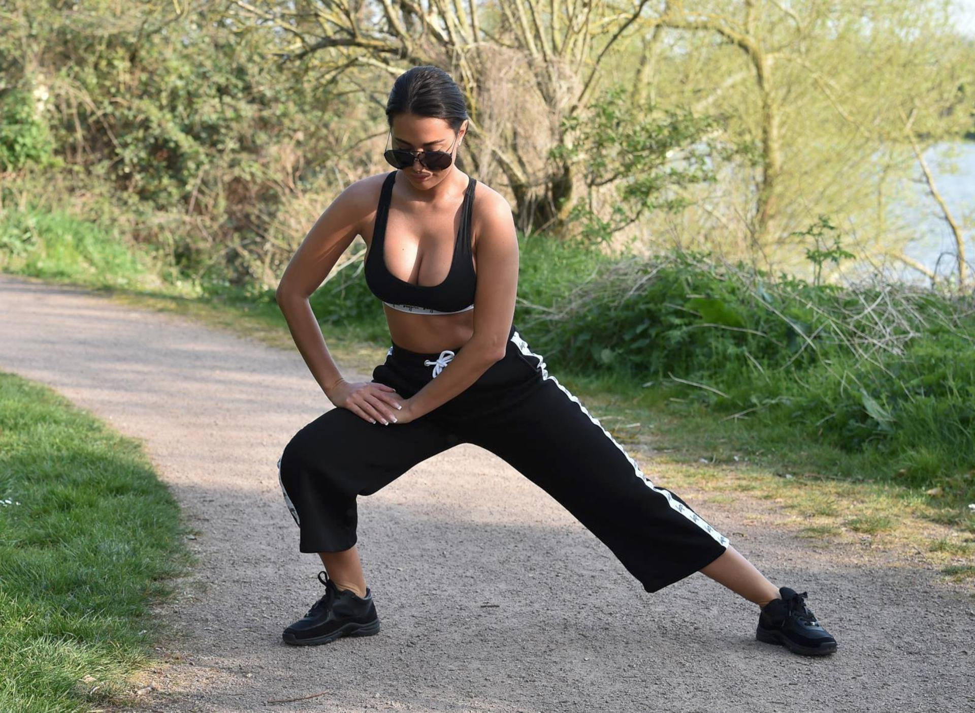 Yazmin Oukhellou Sexy Boobs In Sports Bra Out In A Park In Essex 0001