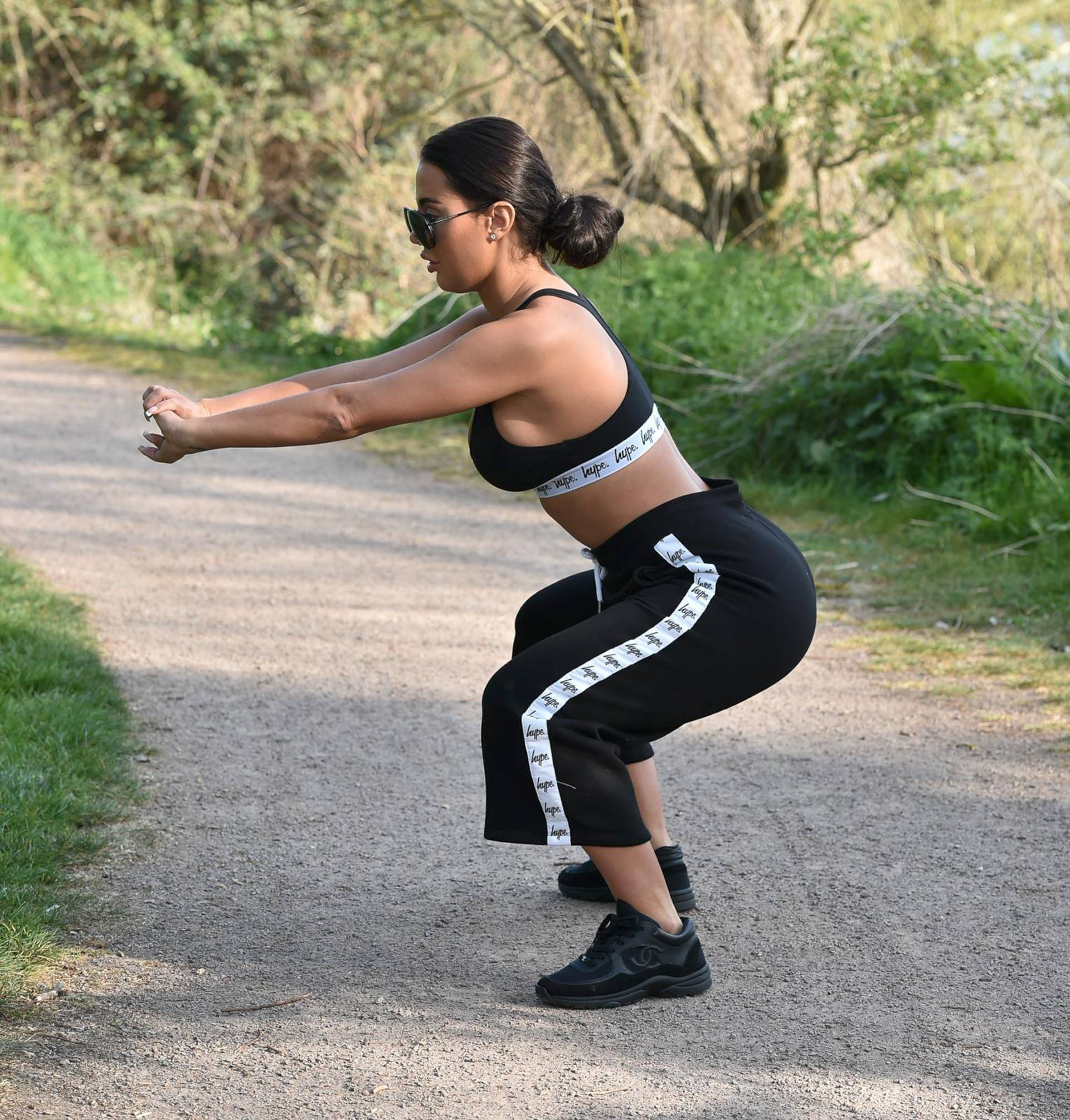 Yazmin Oukhellou Sexy Boobs In Sports Bra Out In A Park In Essex 0009