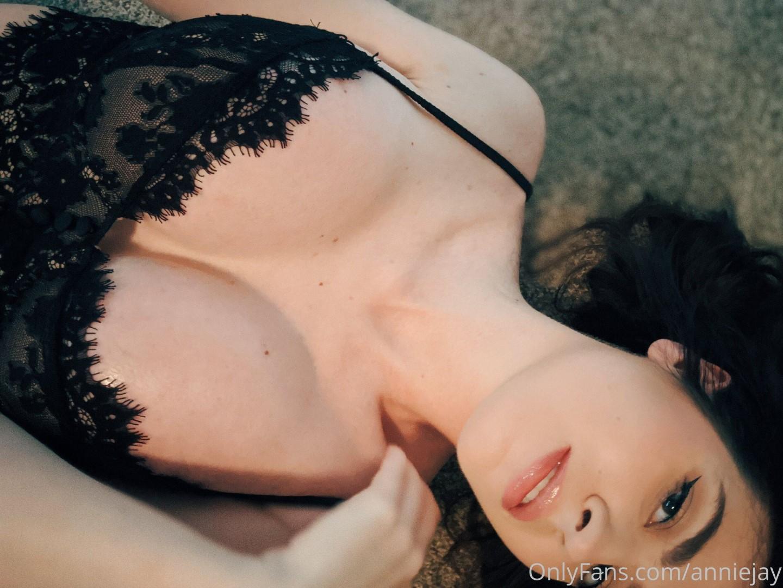 Anisa Jomha Onlyfans Leaked Nude Sexy Video 0009