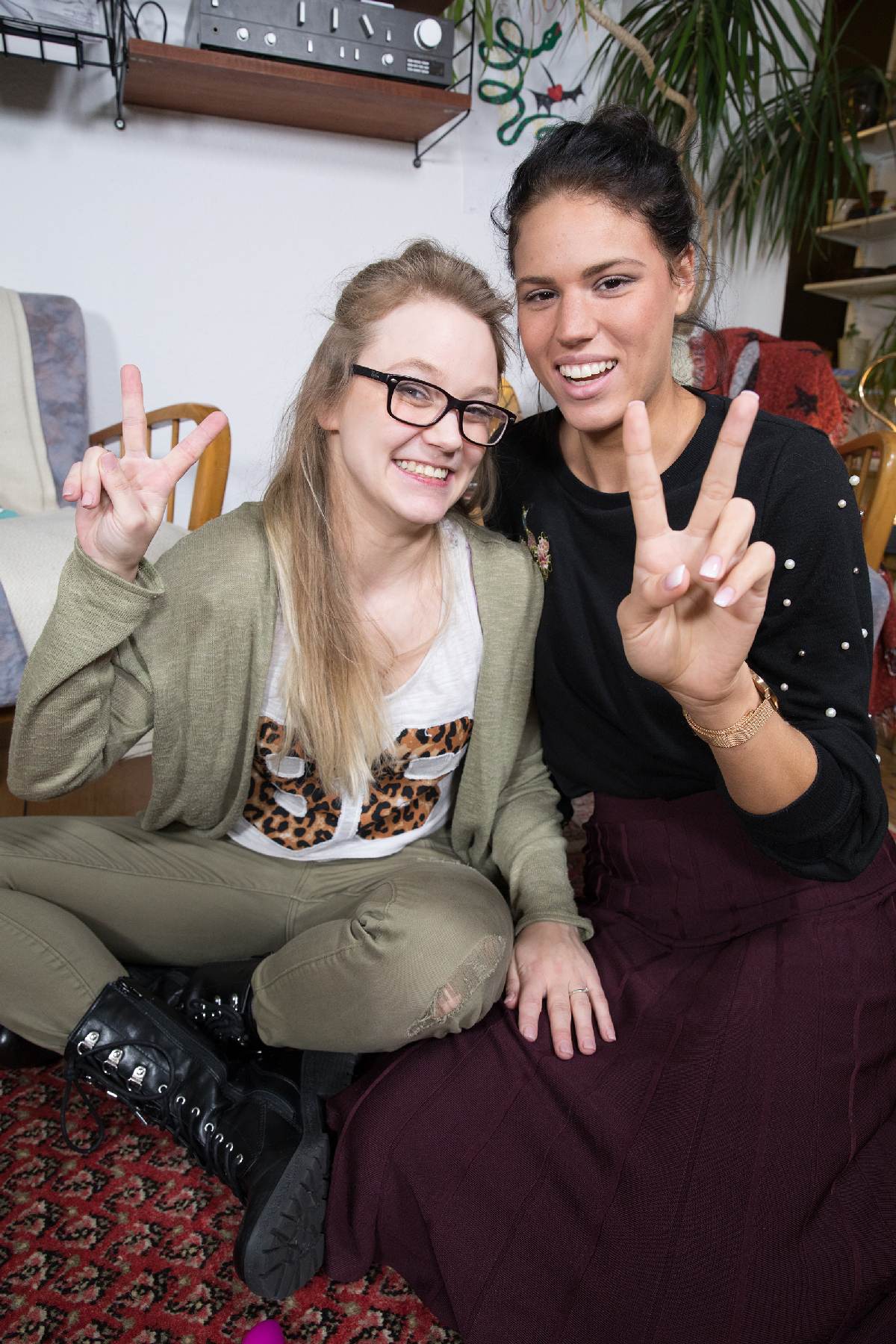Ersties.com Holly & Cataleya 18