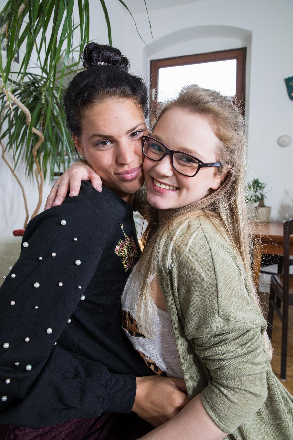 Ersties.com Holly & Cataleya 19