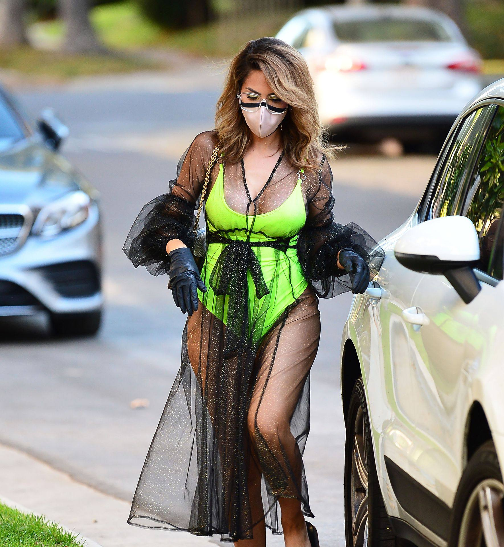Farrah Abraham – Sexy Big Ass In Neon Green Swimsuit Out In Los Angeles 0001