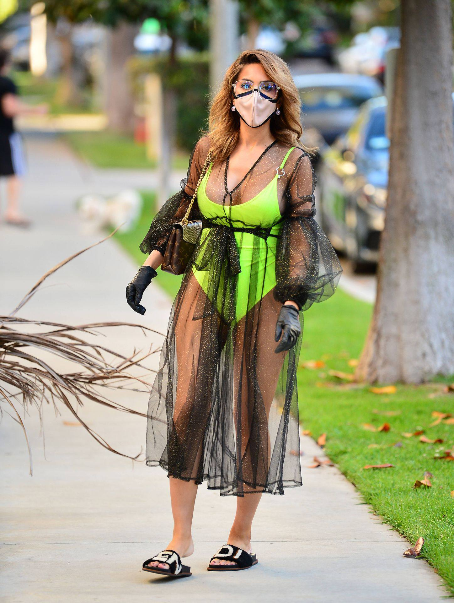Farrah Abraham – Sexy Big Ass In Neon Green Swimsuit Out In Los Angeles 0017