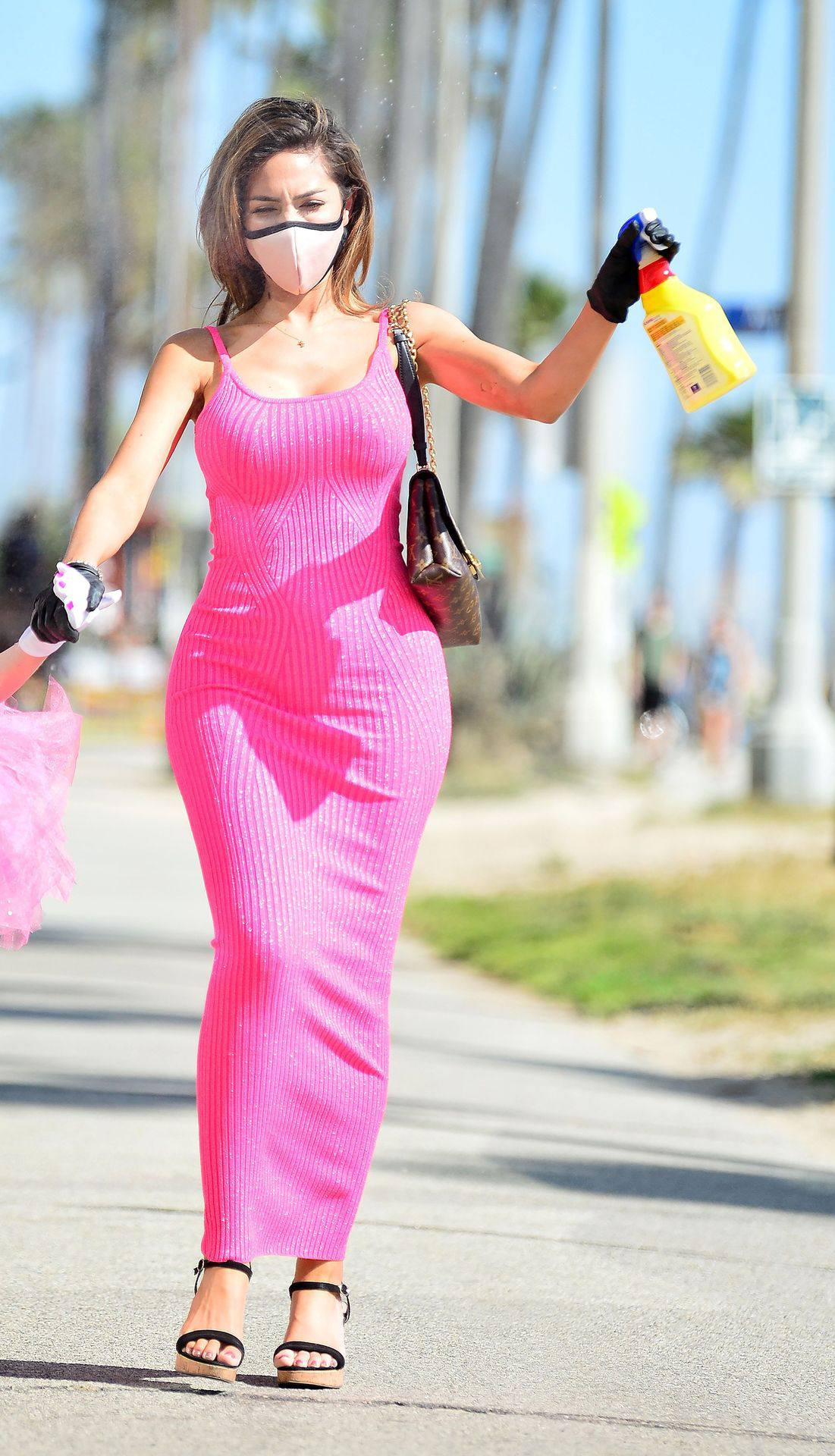 Farrah Abraham – Sexy Curvy Body In A Pink Dress Out In Los Angeles 0020