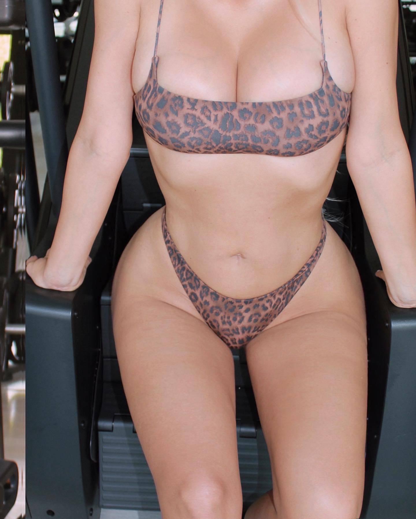 Kim Kardashian – Beautiful Curvy Body In Tiny Underwear 0001