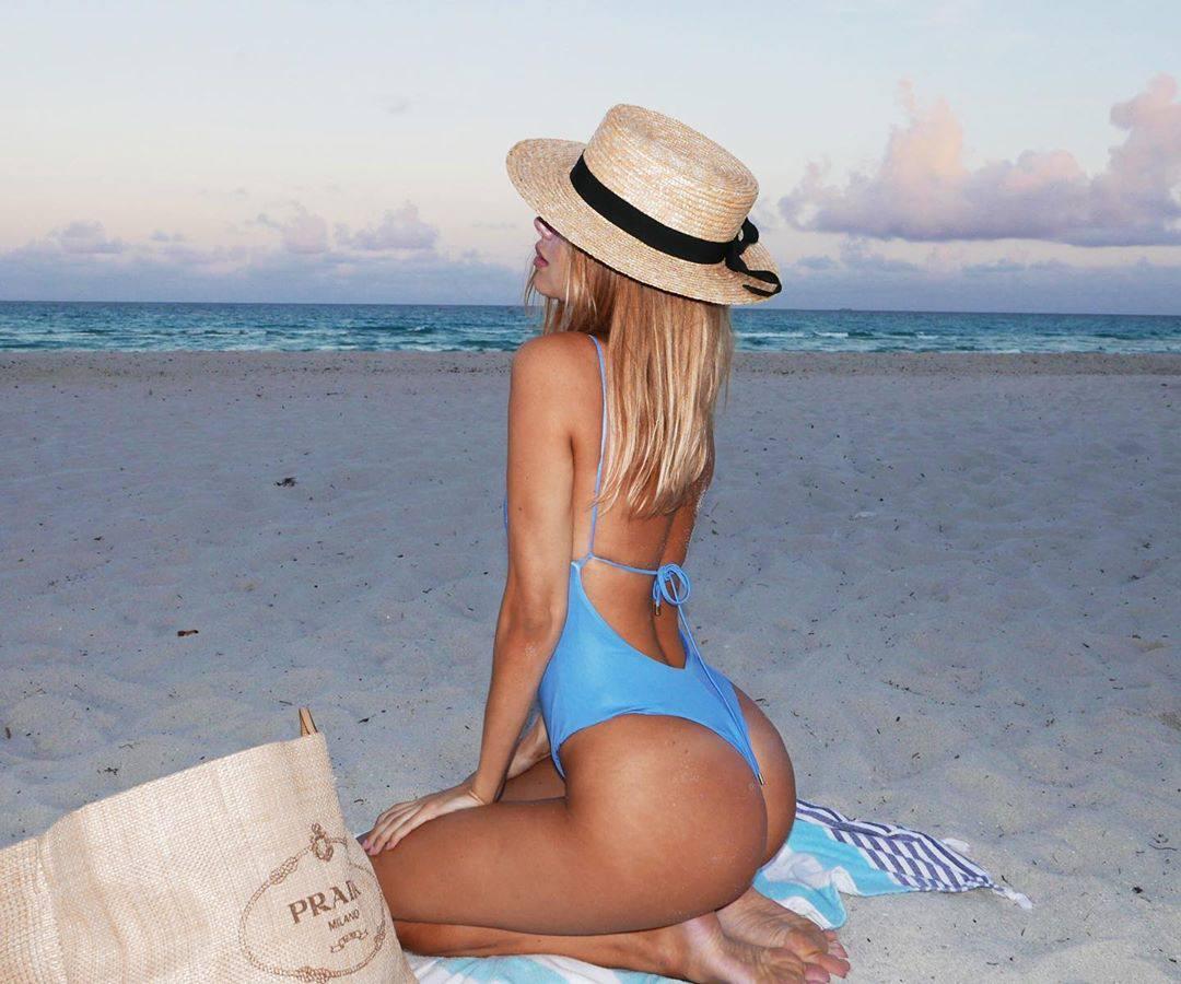 Kimberley Garner Fantastic Ass In Sexy Blue Swimsuit Photoshoot 0002