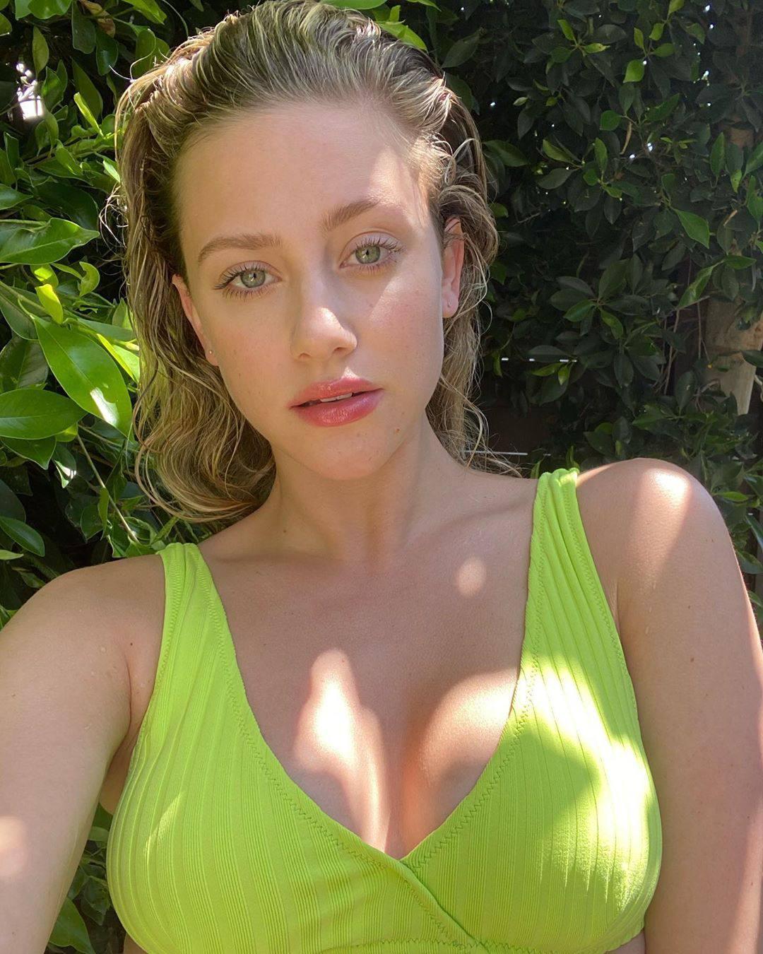 Lili Reinhart Beautiful Selfie