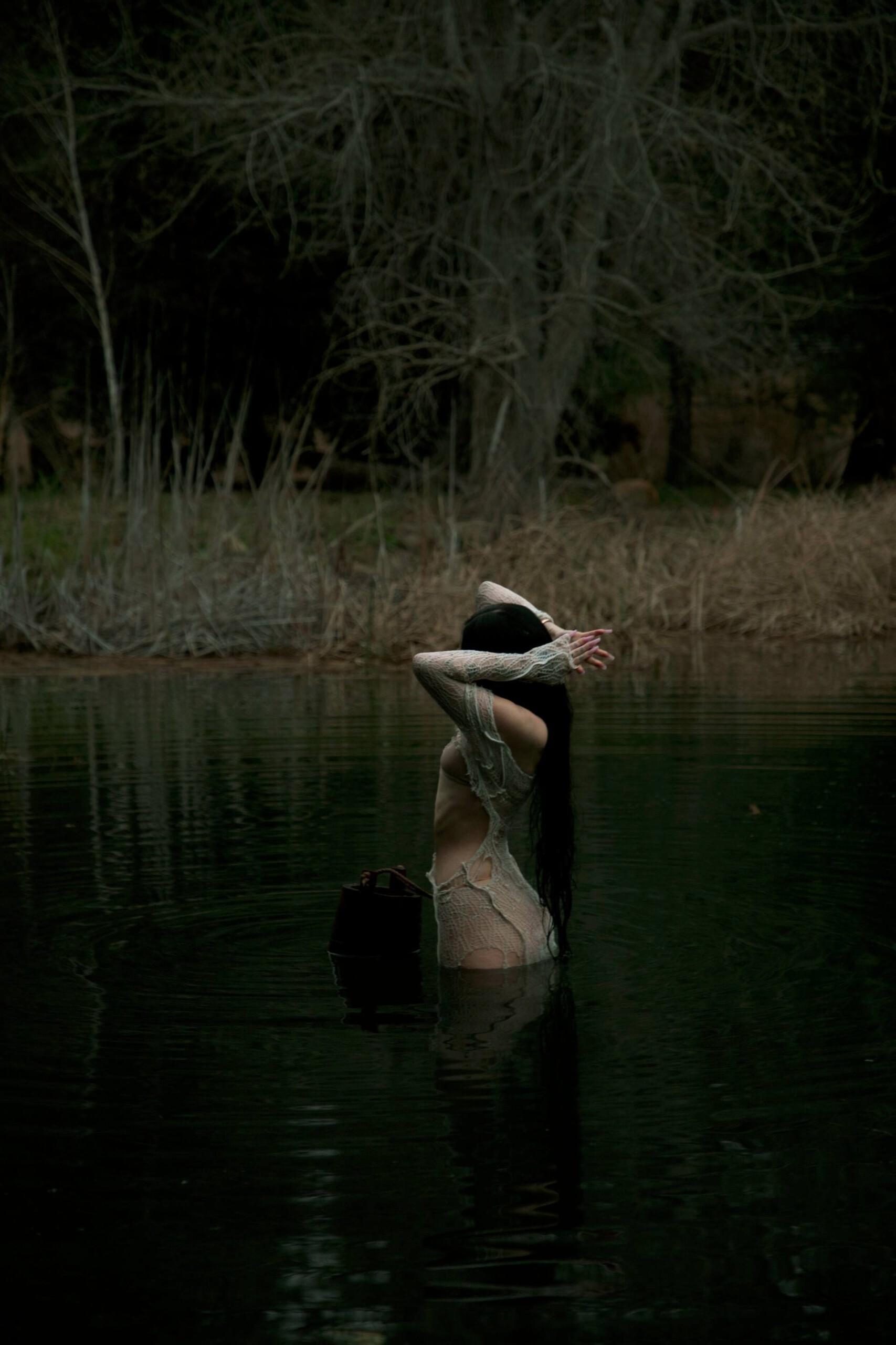 "Noah Cyrus – Sexy In ""i Got So High I Saw Jesus"" Photoshoot By Amaury Nessaibia 0009"