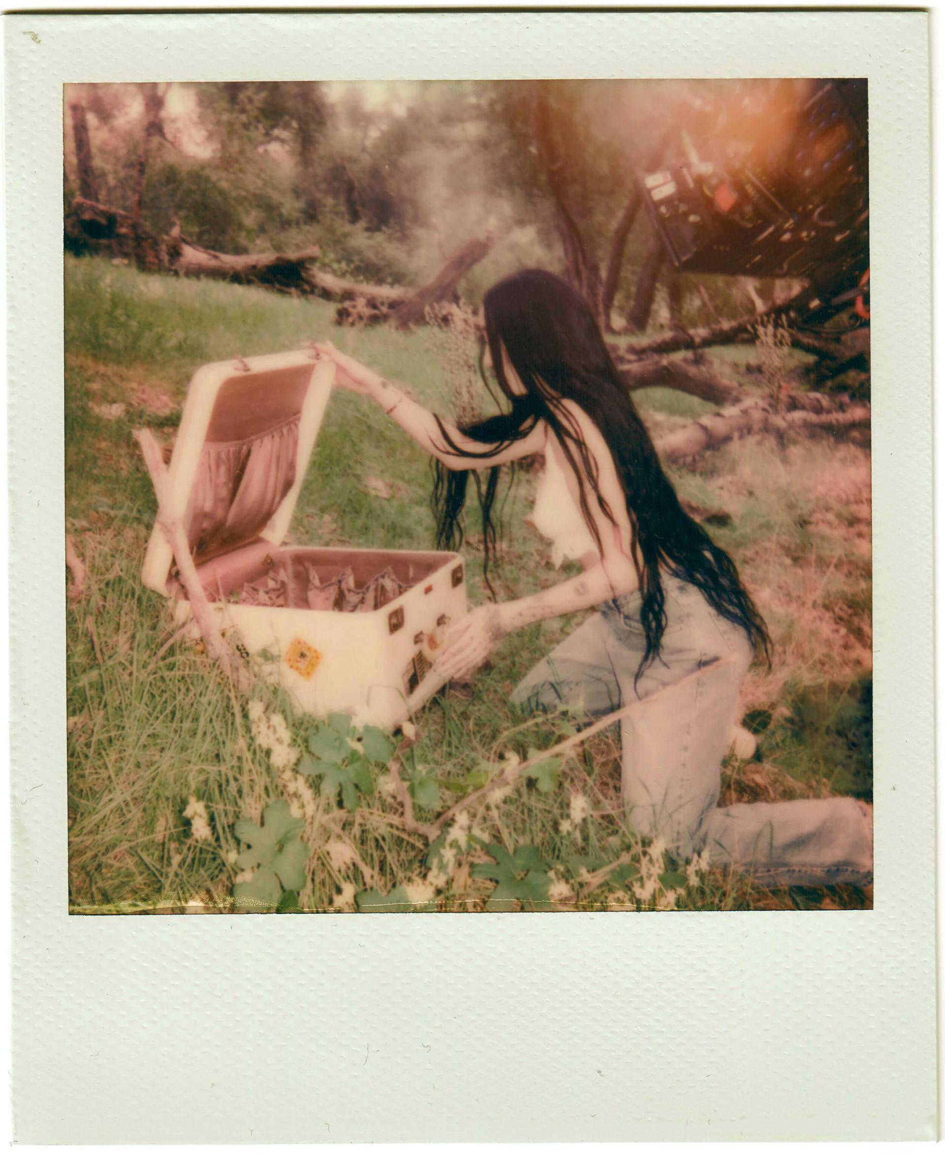 "Noah Cyrus – Sexy In ""i Got So High I Saw Jesus"" Photoshoot By Amaury Nessaibia 0012"