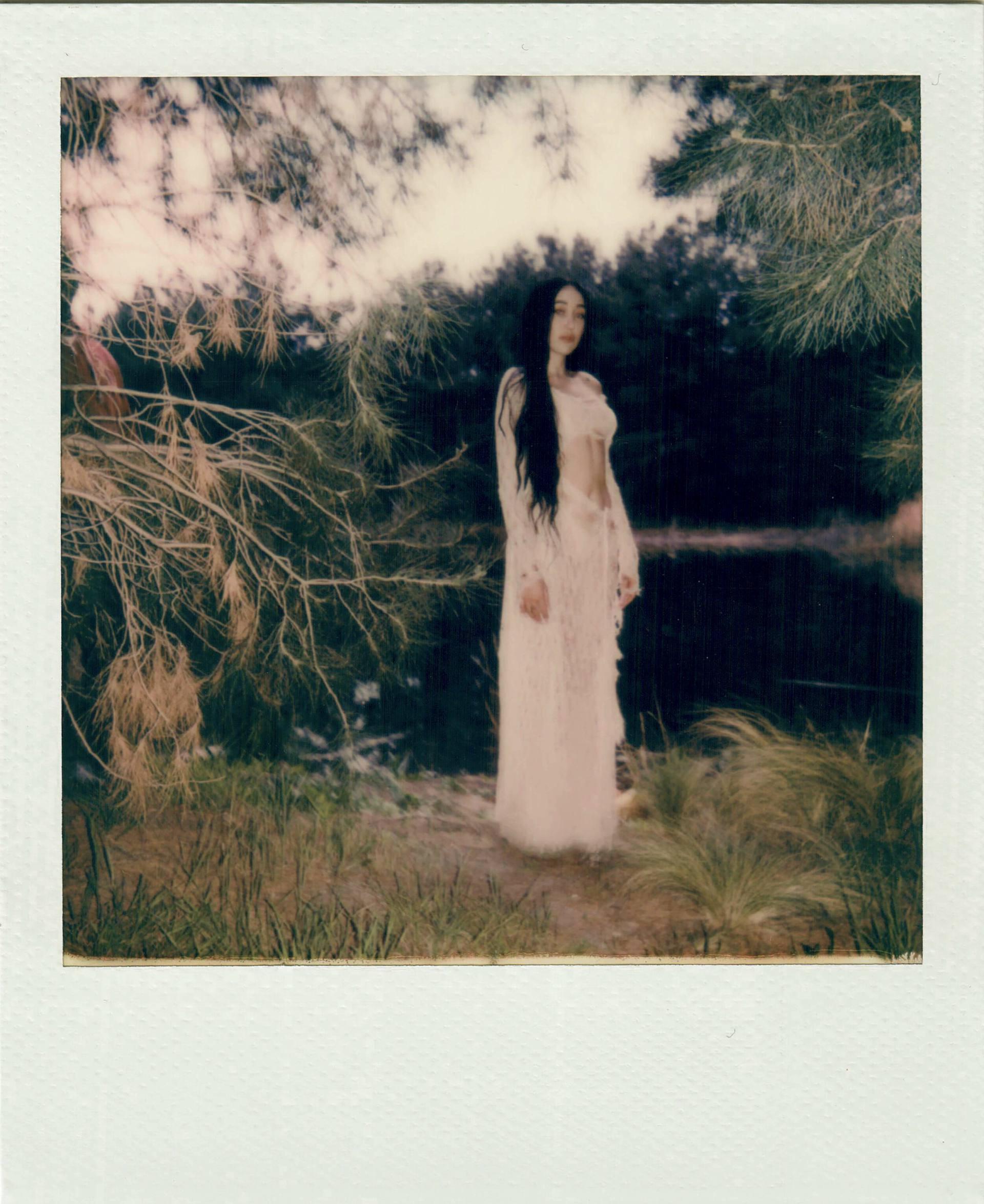 "Noah Cyrus – Sexy In ""i Got So High I Saw Jesus"" Photoshoot By Amaury Nessaibia 0018"