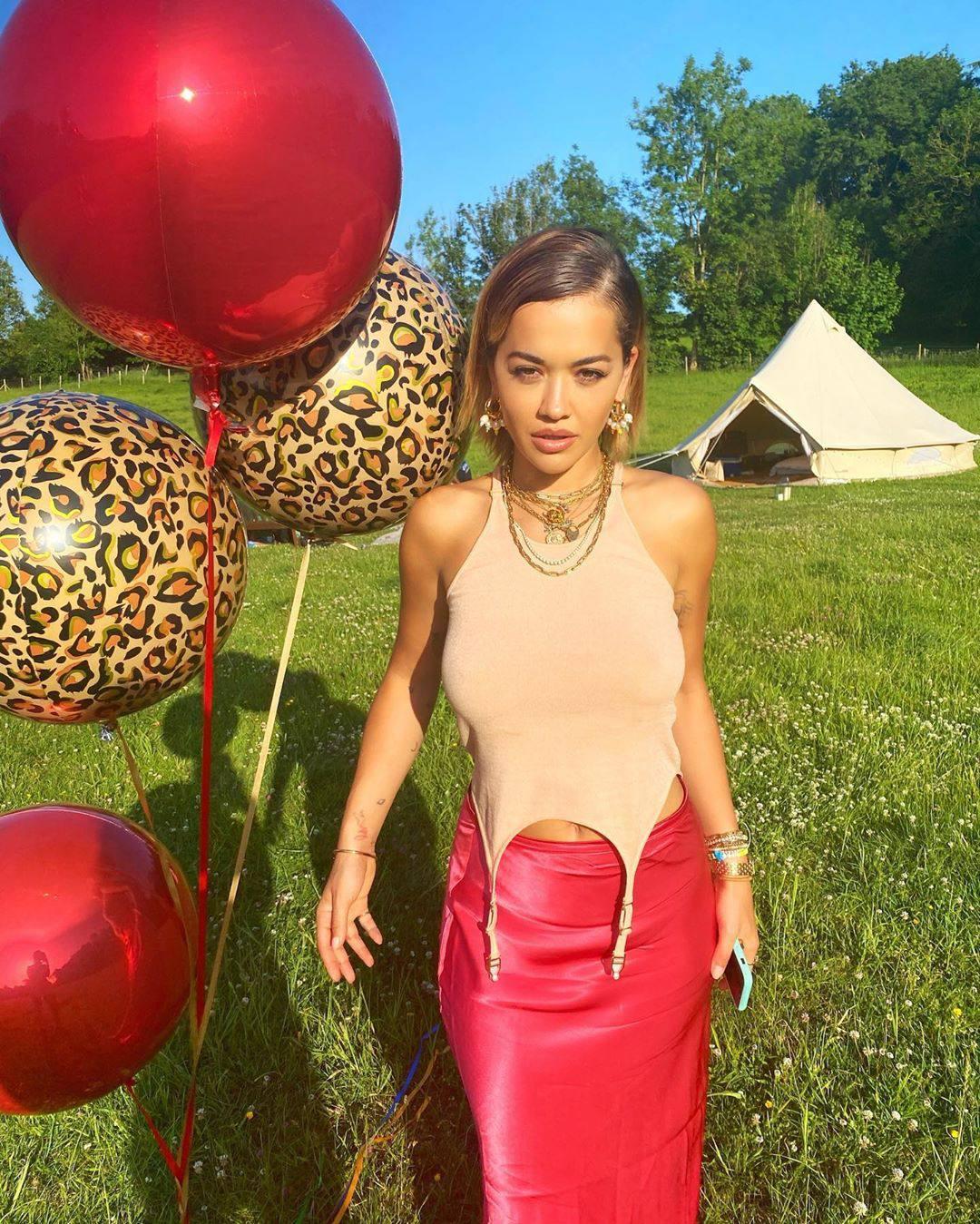 Rita Ora – Sexy Boobs In Braless Photoshoot At Balloon Party 0004