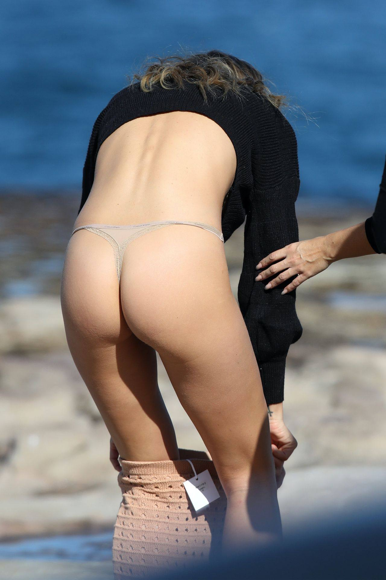 Stephanie Claire Smith – Sexy Big Camel Toe In Panties At Photoshoot In Sydney 0018