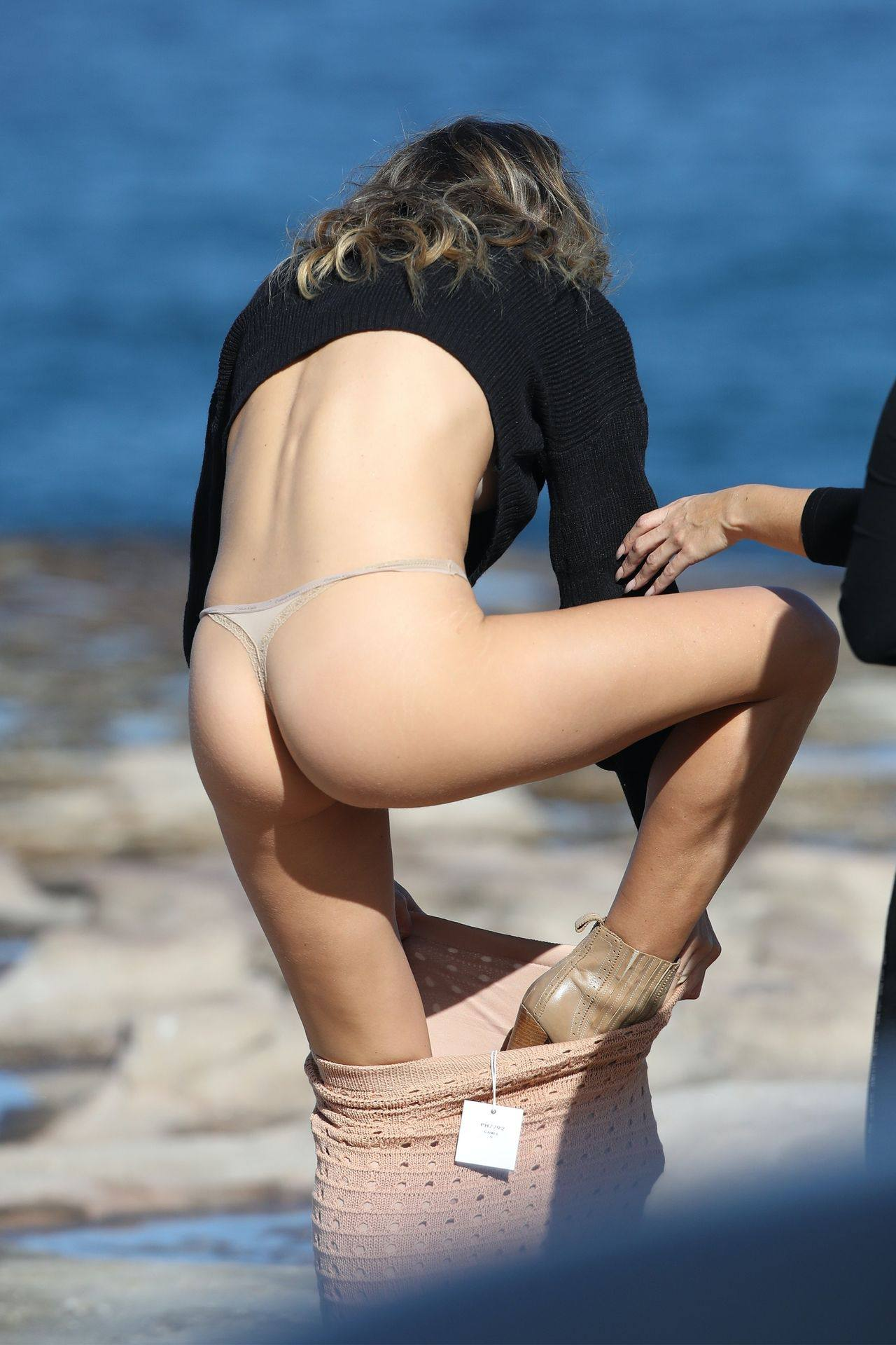 Stephanie Claire Smith – Sexy Big Camel Toe In Panties At Photoshoot In Sydney 0021