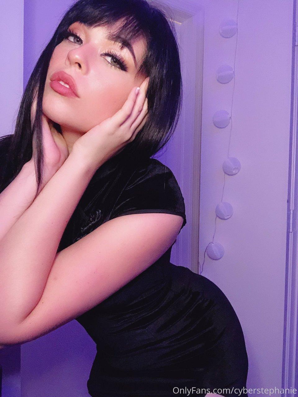 Stephanie Santos Cyberstephanie Onlyfans Hot Photos Leaks 0006
