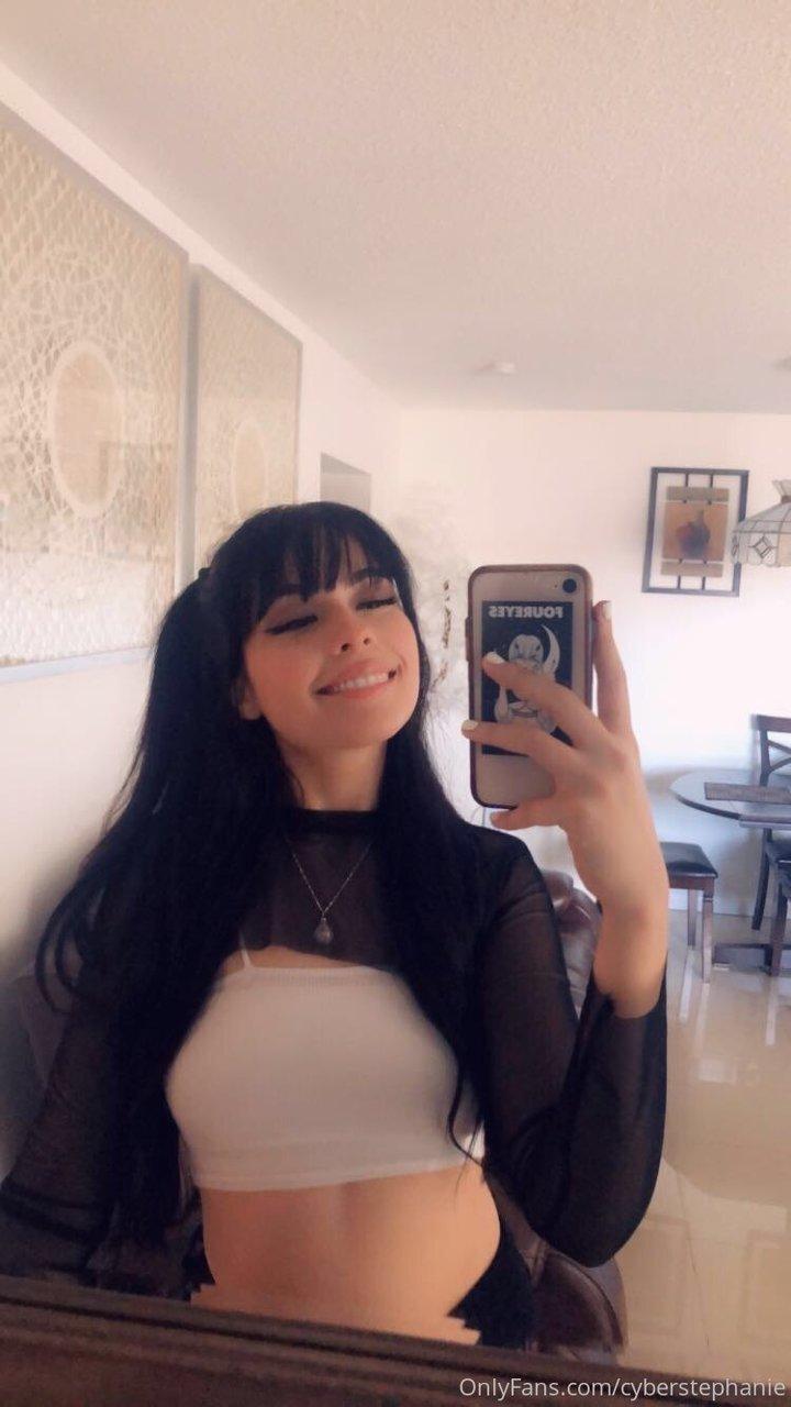 Stephanie Santos Cyberstephanie Onlyfans Hot Photos Leaks 0008