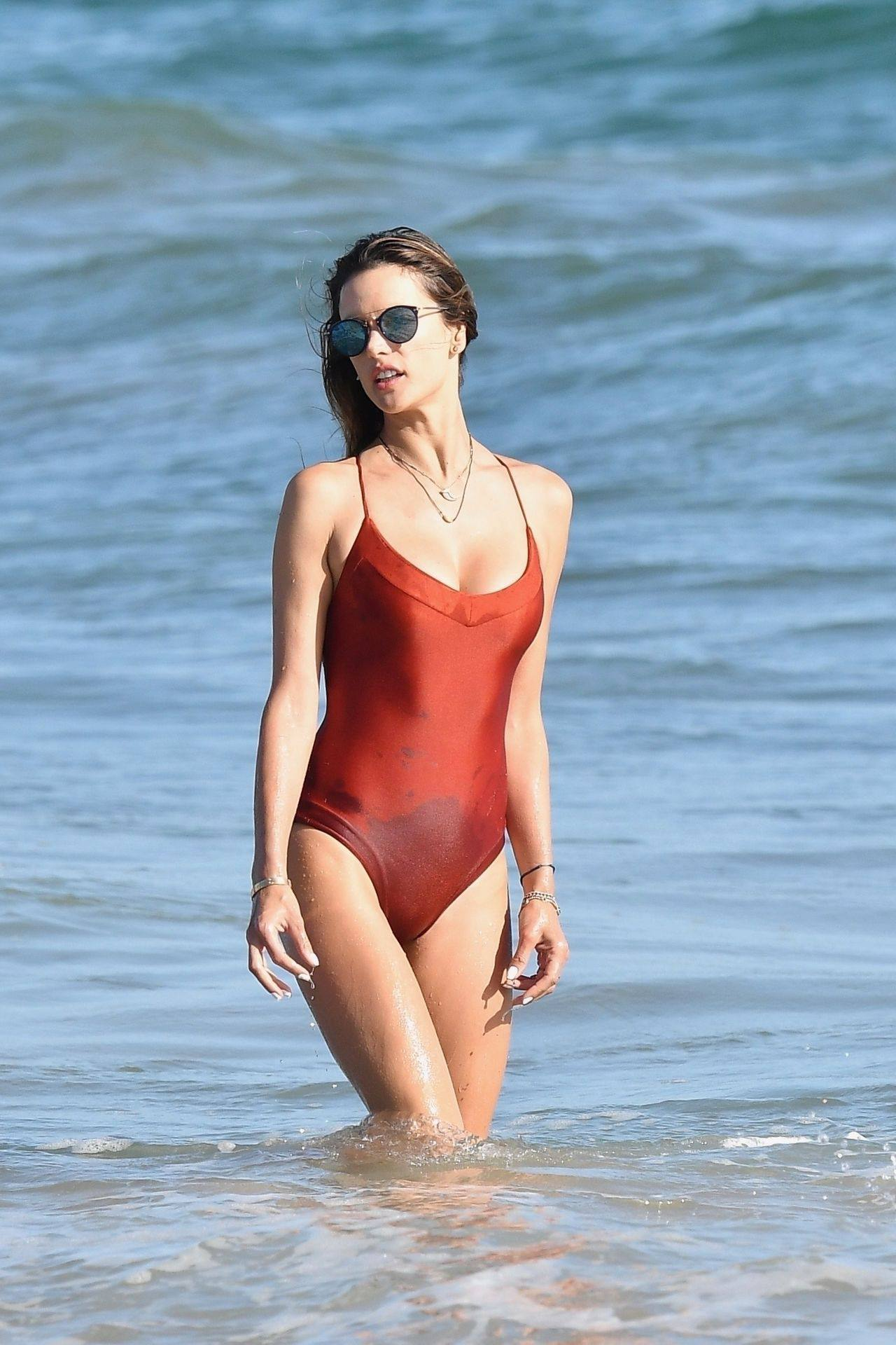 Alessandra Ambrosio – Sexy Ass In Red Swimsuit At The Beach In Malibu 0011