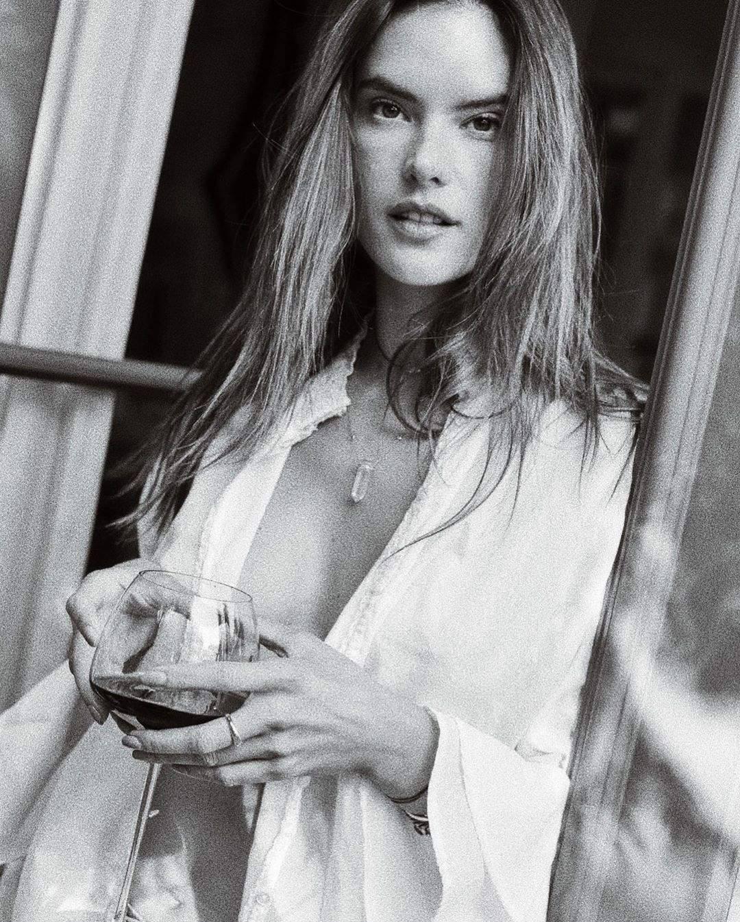 Alessandra Ambrosio – Sexy Sideboob In Hot Braless Photoshoot 0004