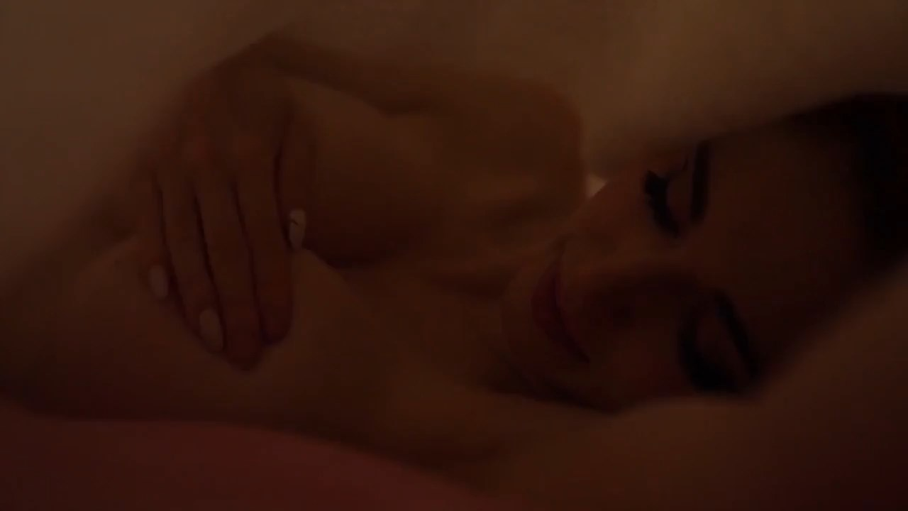Amouranth Patreon Nude Pink Lingerie Bed Video 0045