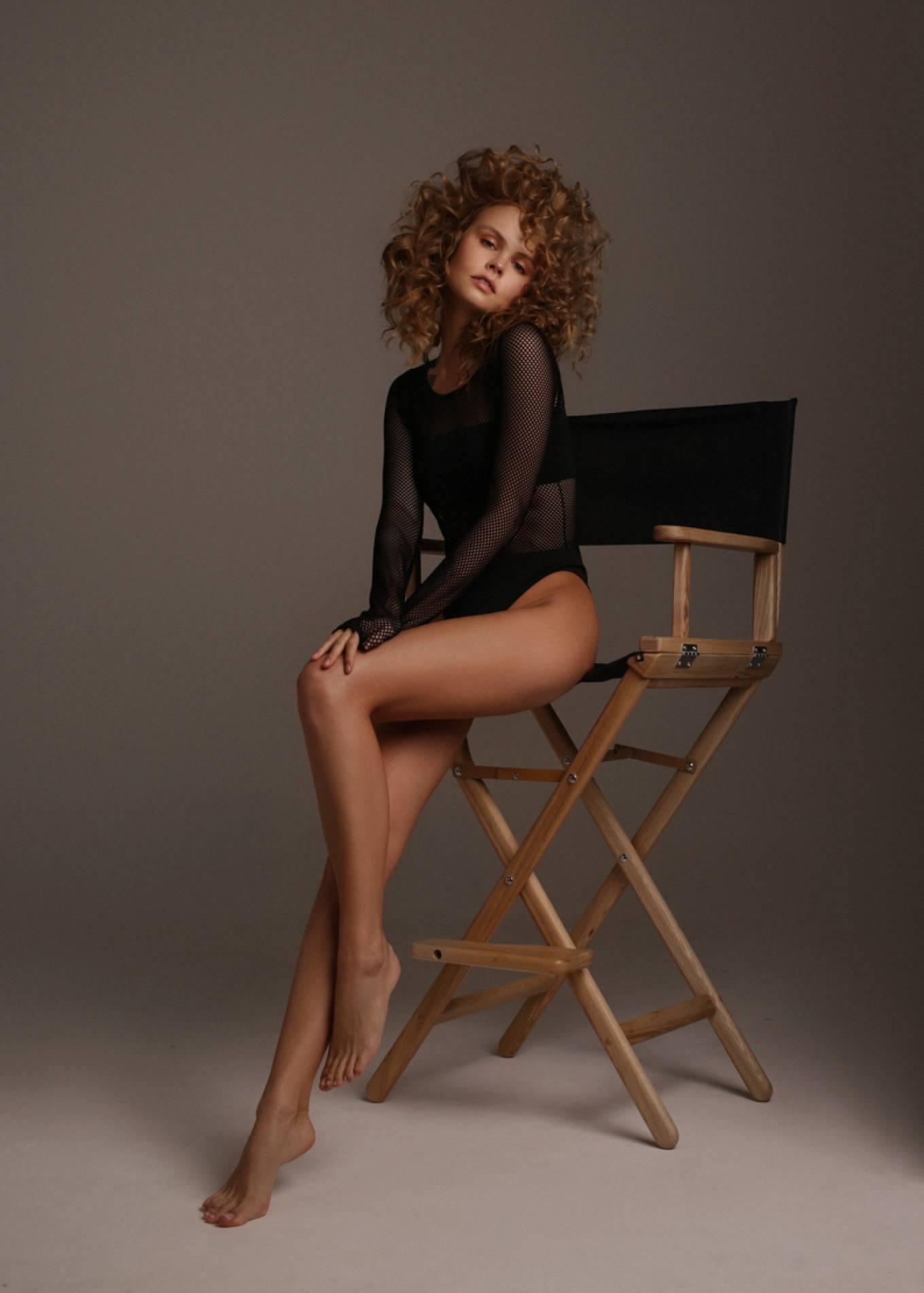 Anastasiya Scheglova – Sexy Body In Beautiful Photoshoot By Tonya Kochneva 0017