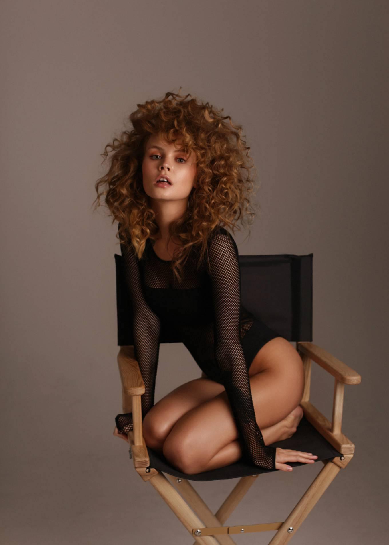 Anastasiya Scheglova – Sexy Body In Beautiful Photoshoot By Tonya Kochneva 0019