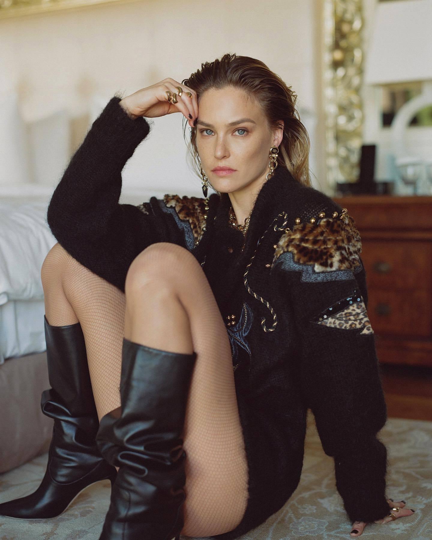 Bar Refaeli – Sexy Legs In Photoshoot For Dodo Bar Or Clothing Line 0003