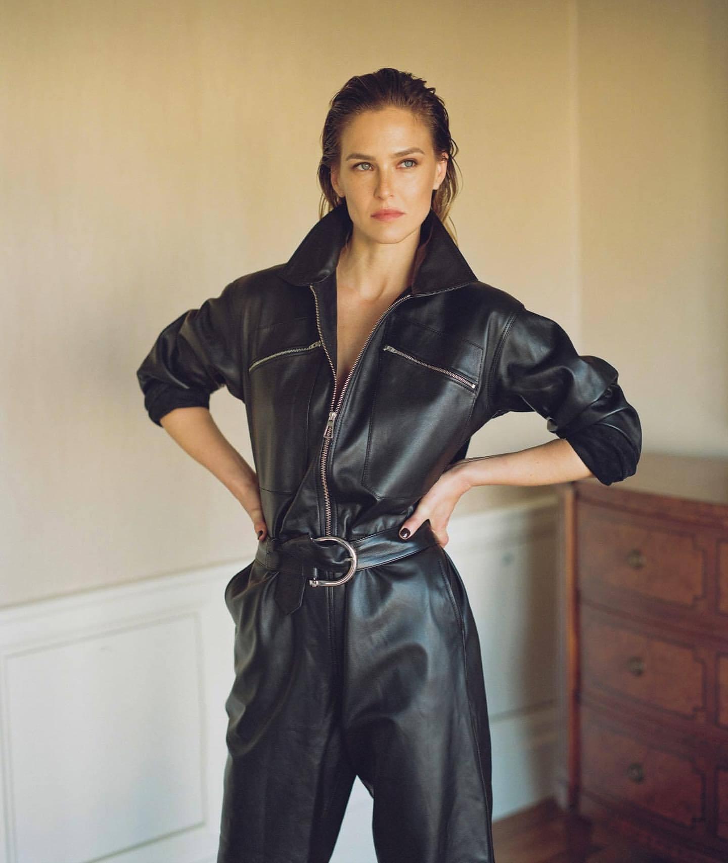 Bar Refaeli – Sexy Legs In Photoshoot For Dodo Bar Or Clothing Line 0018