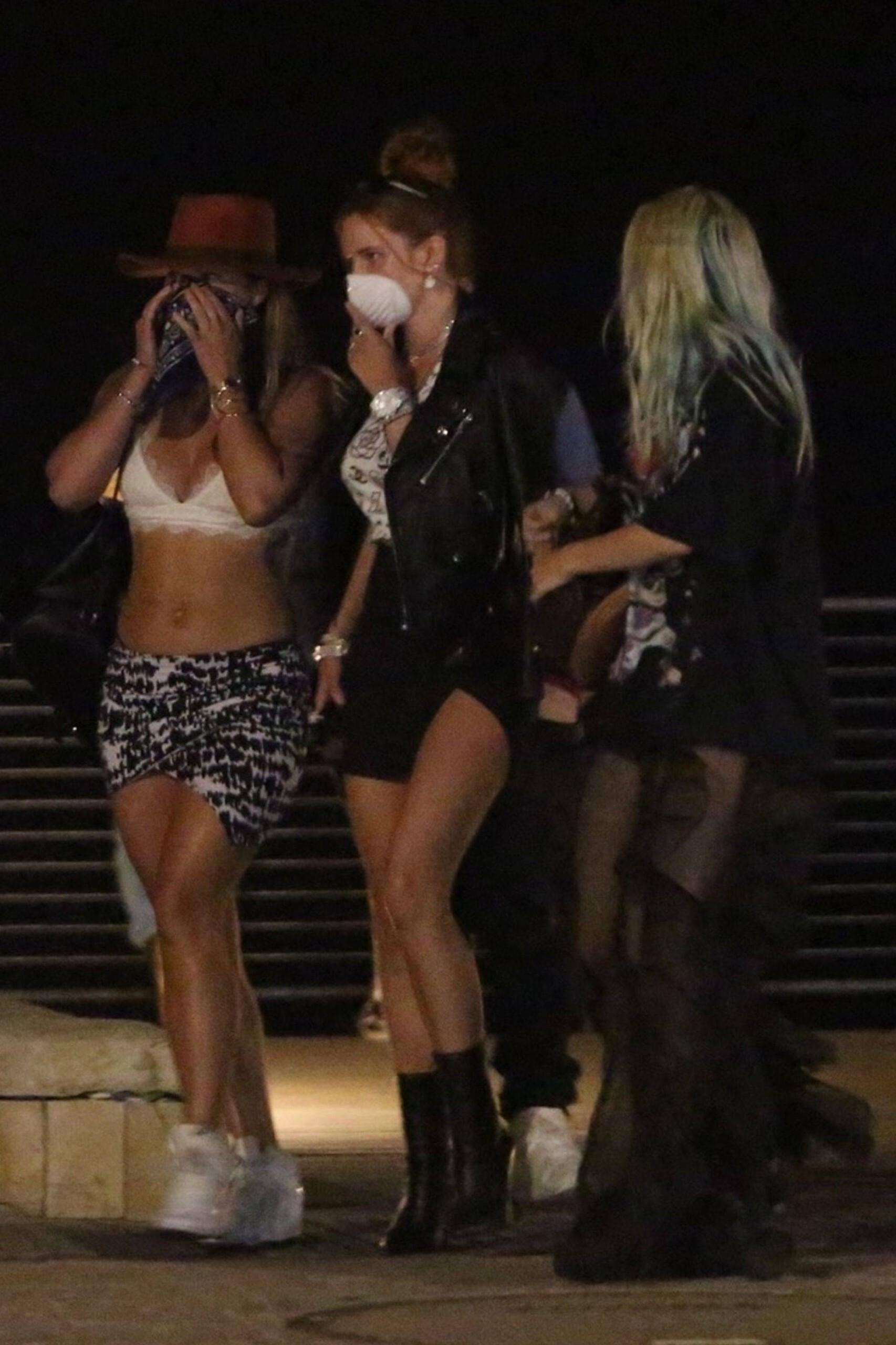 Bella & Dani Thorne – Sexy Legs In Mini Skirts At Nobu In Malibu 0002
