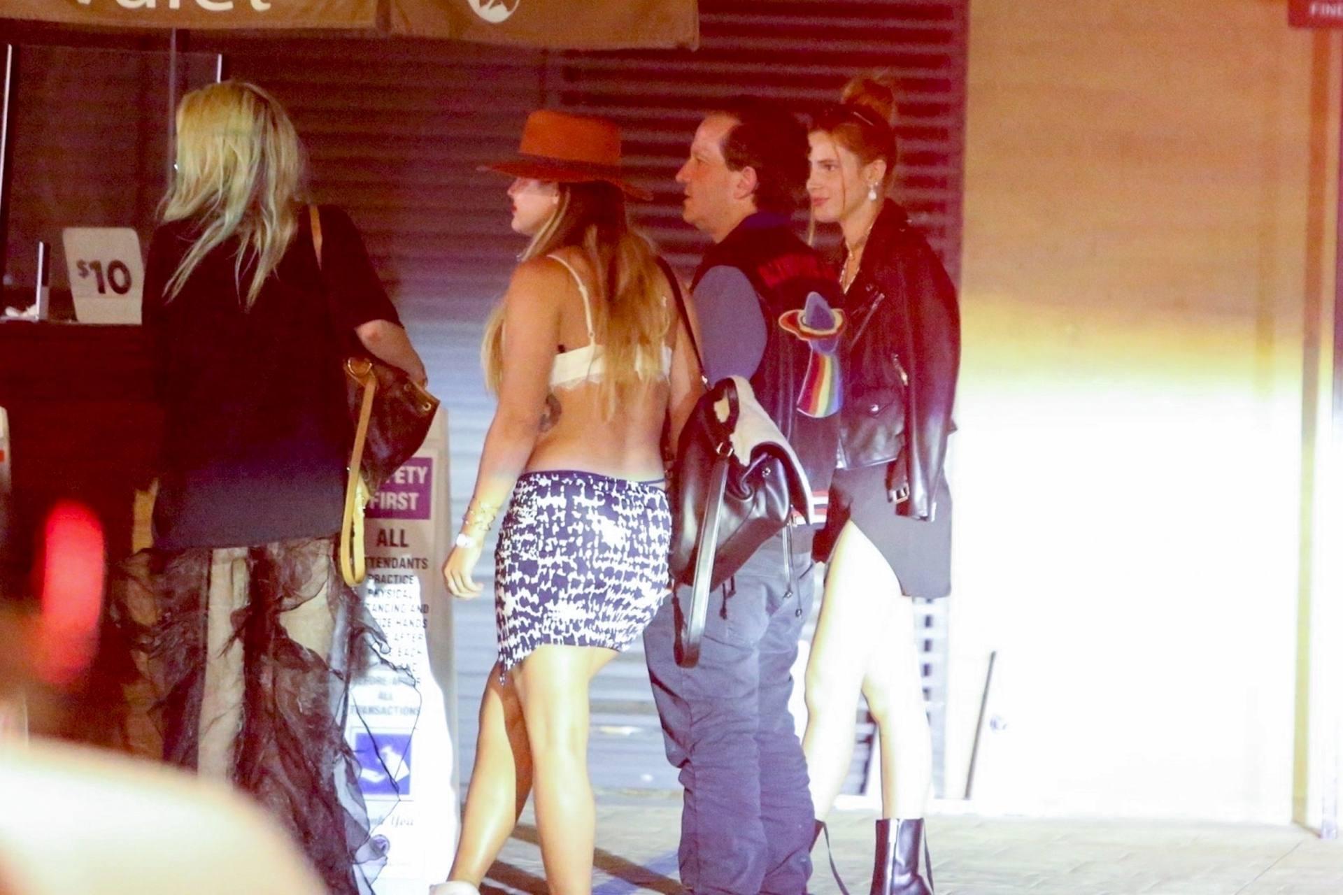 Bella & Dani Thorne – Sexy Legs In Mini Skirts At Nobu In Malibu 0022