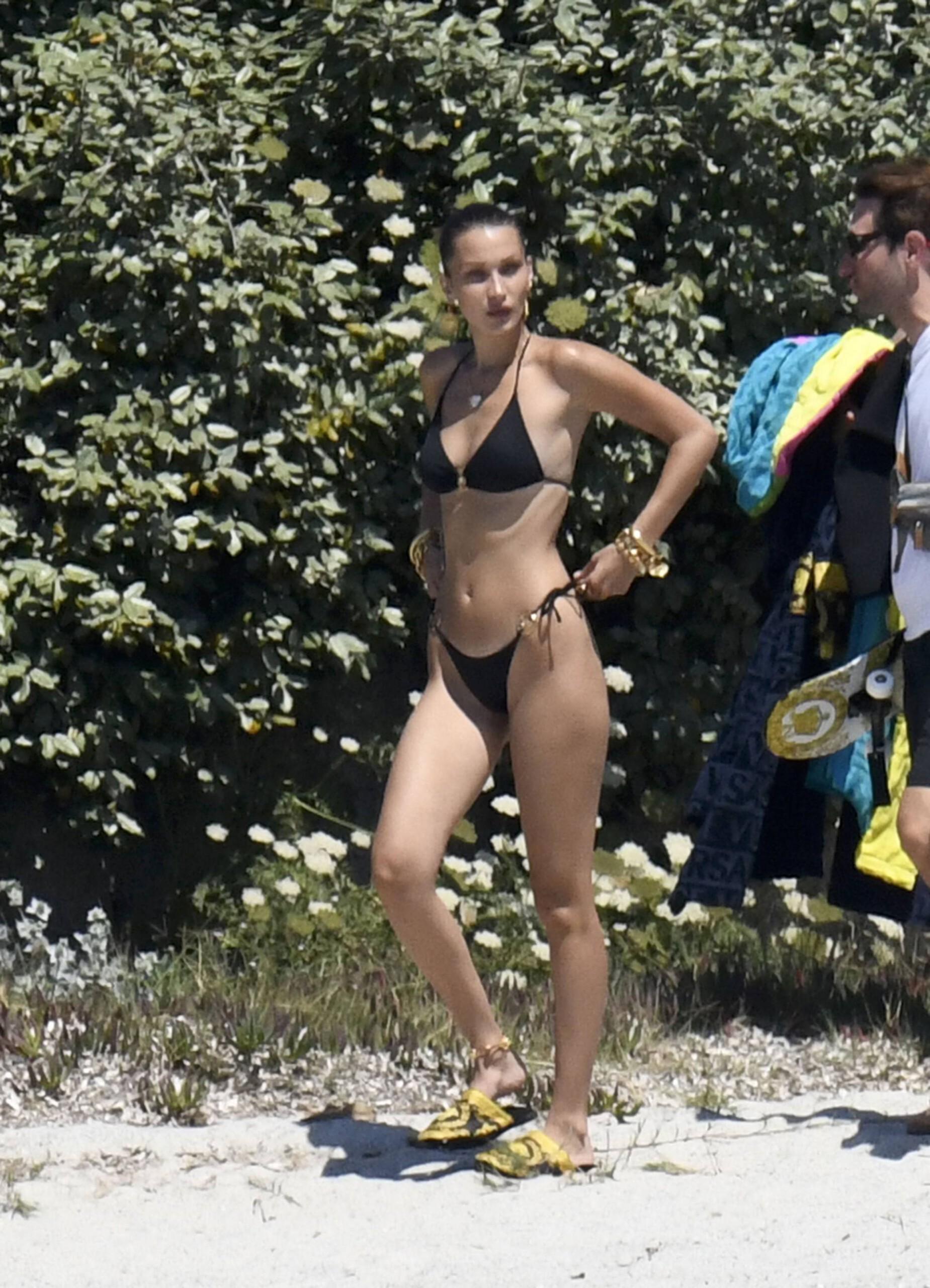 Bella Hadid – Sexy Ass In Bikini On The Photoshoot Set In Corsica 0003