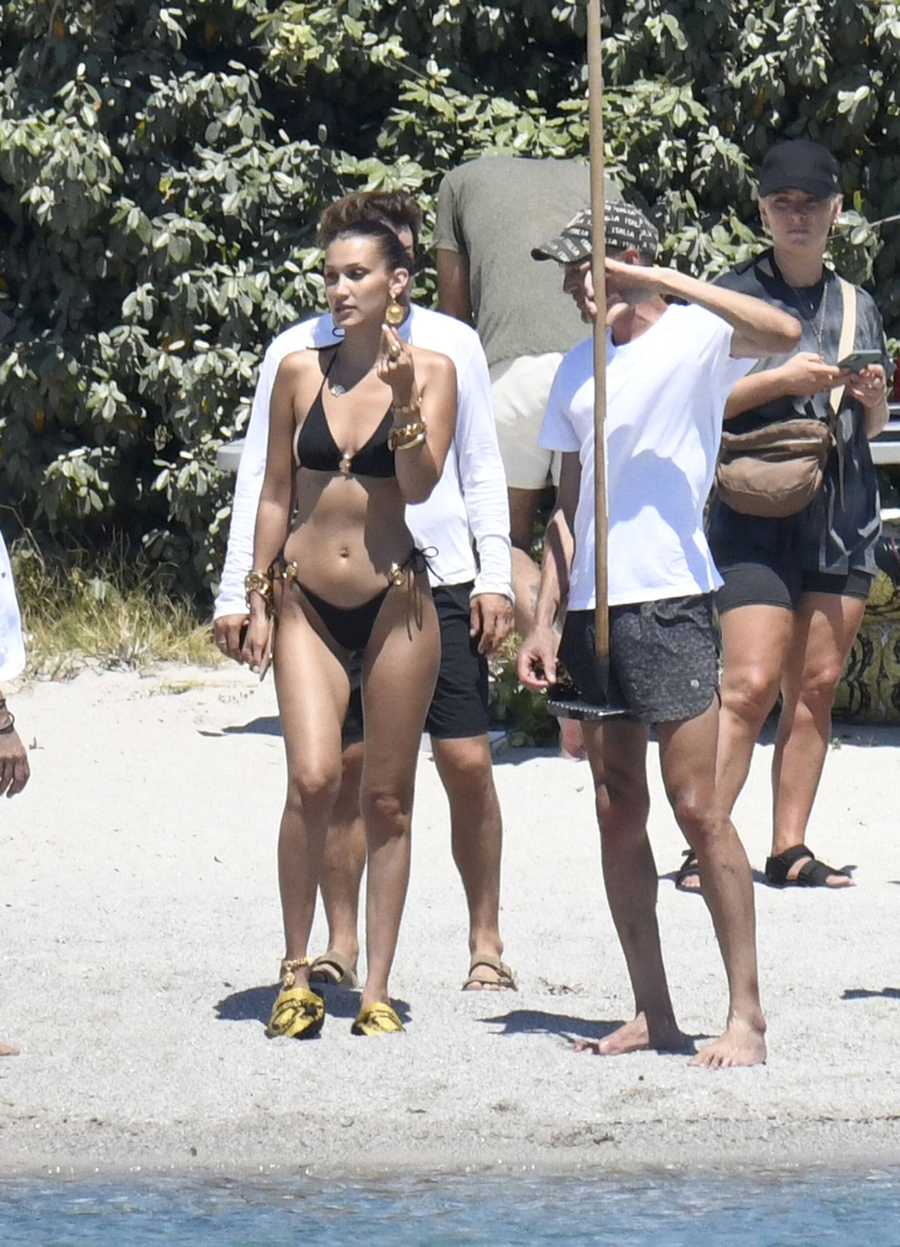 Bella Hadid – Sexy Ass In Bikini On The Photoshoot Set In Corsica 0005