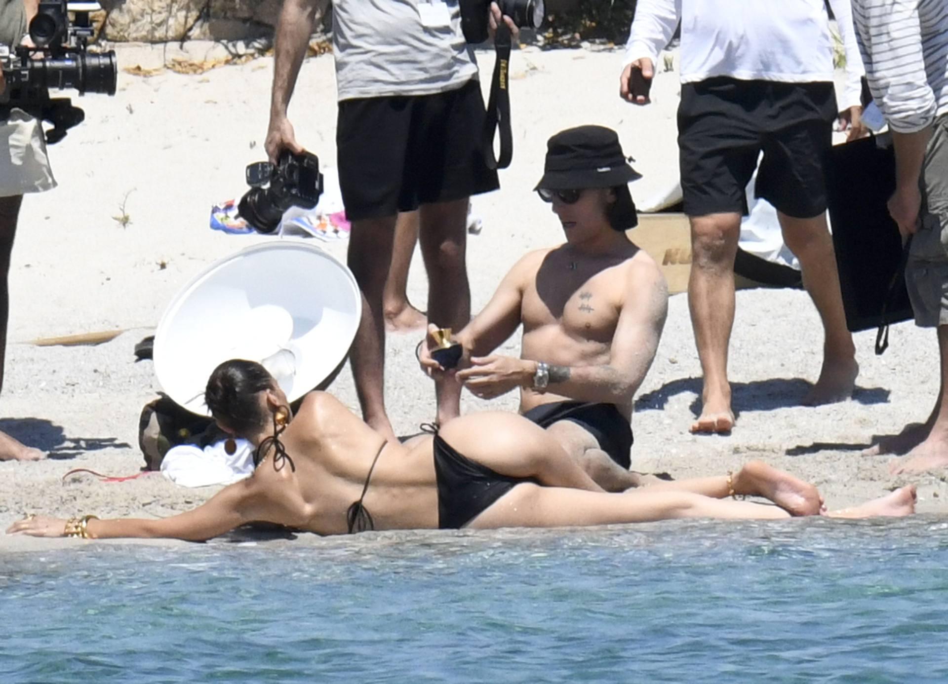 Bella Hadid – Sexy Ass In Bikini On The Photoshoot Set In Corsica 0015