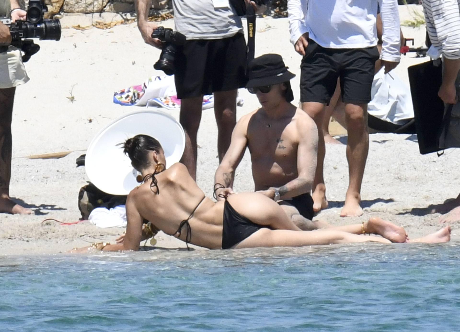 Bella Hadid – Sexy Ass In Bikini On The Photoshoot Set In Corsica 0016