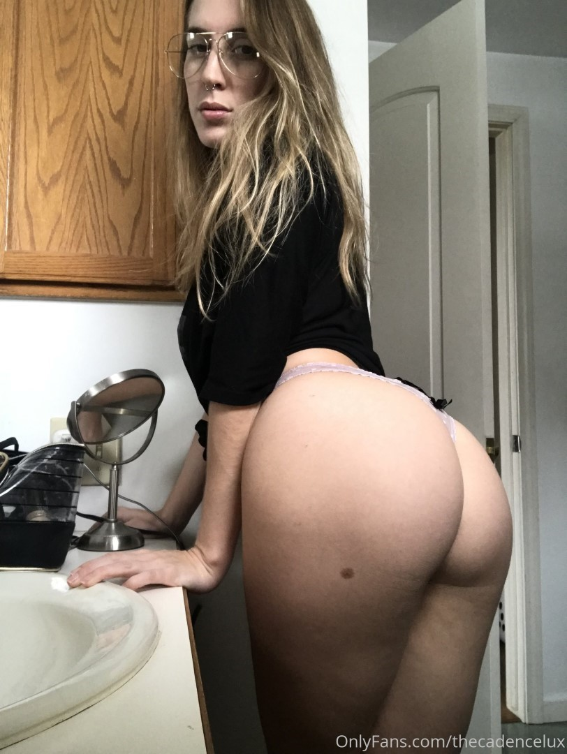 Cadence Lux Onlyfans Porn Blowjob Leaked Video 0038