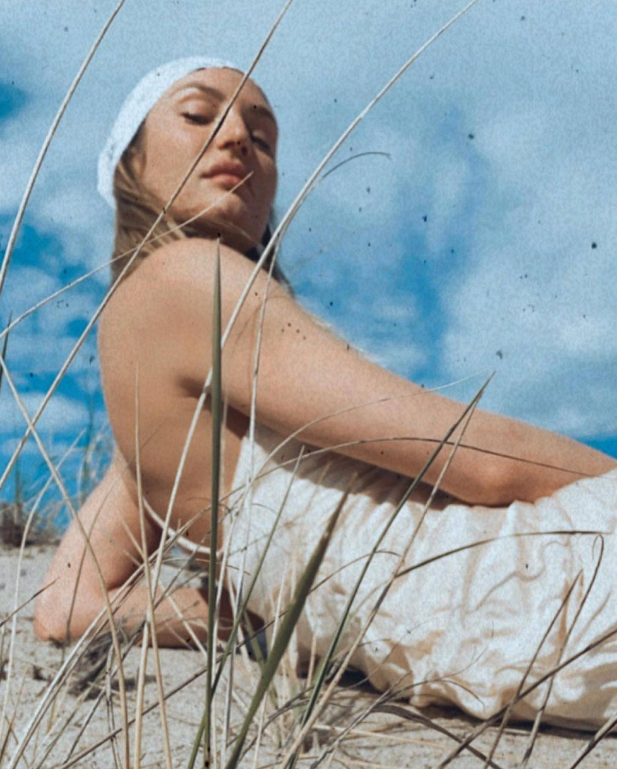 Candice Swanepoel – Beautiful In Photoshoot By Elizabeth Sulcer 0010