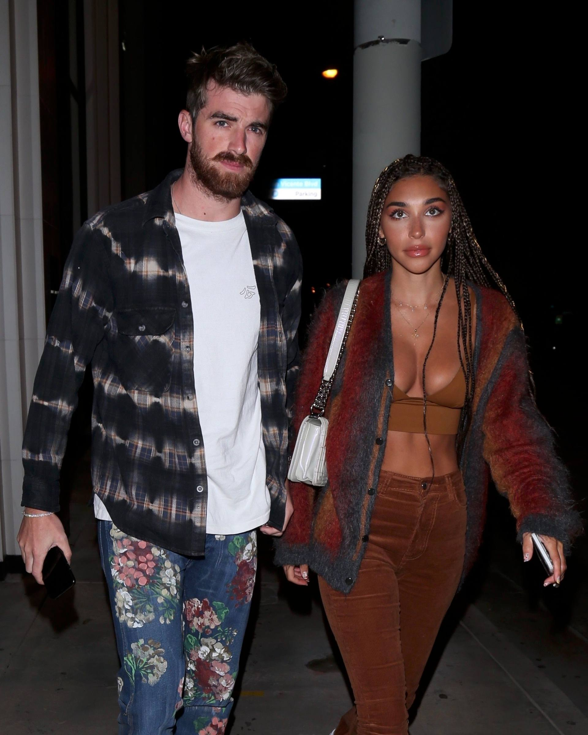 Chantel Jeffries – Sexy Boobs In Big Cleavage At Catch Restaurant In West Hollywood 0009