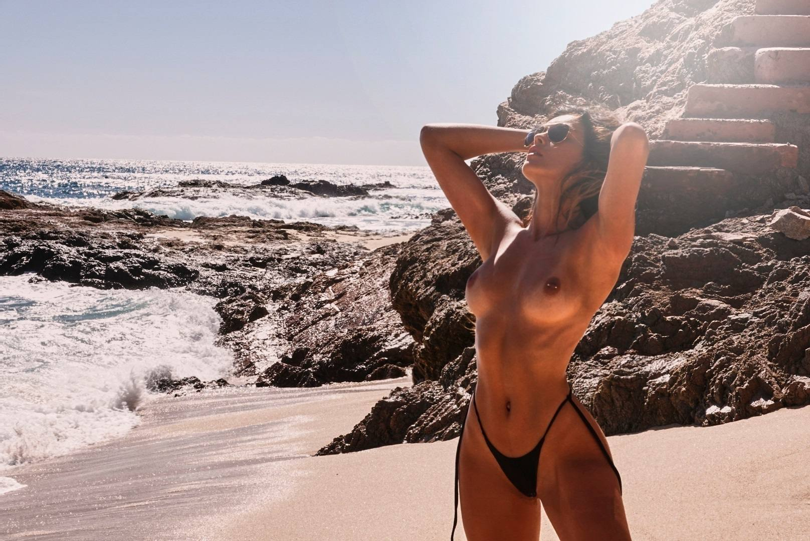Cherokee Luker – Sexy Boobs In Beautiful Topless Photoshoot By Josh Ryan (nsfw) 0004