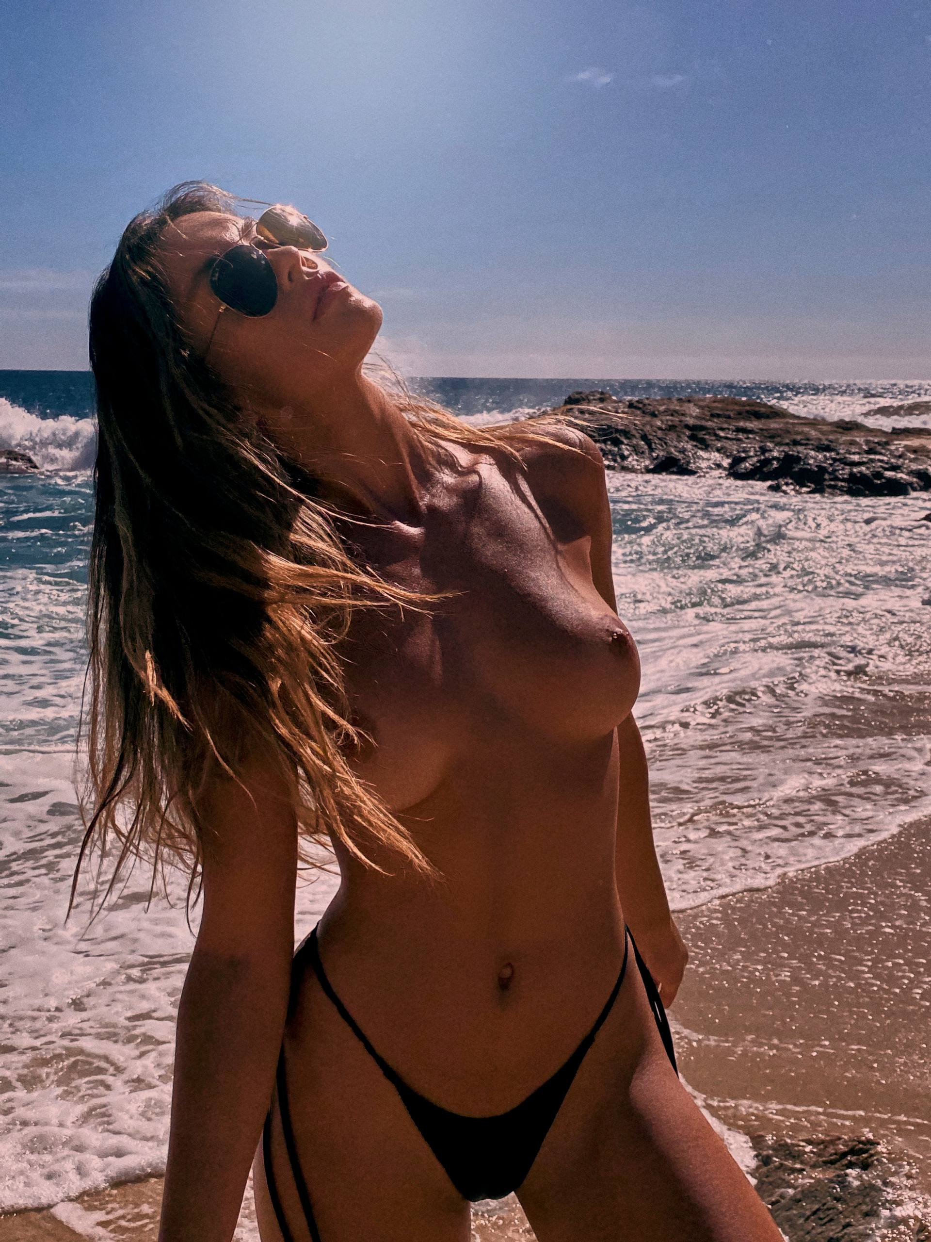 Cherokee Luker – Sexy Boobs In Beautiful Topless Photoshoot By Josh Ryan (nsfw) 0013