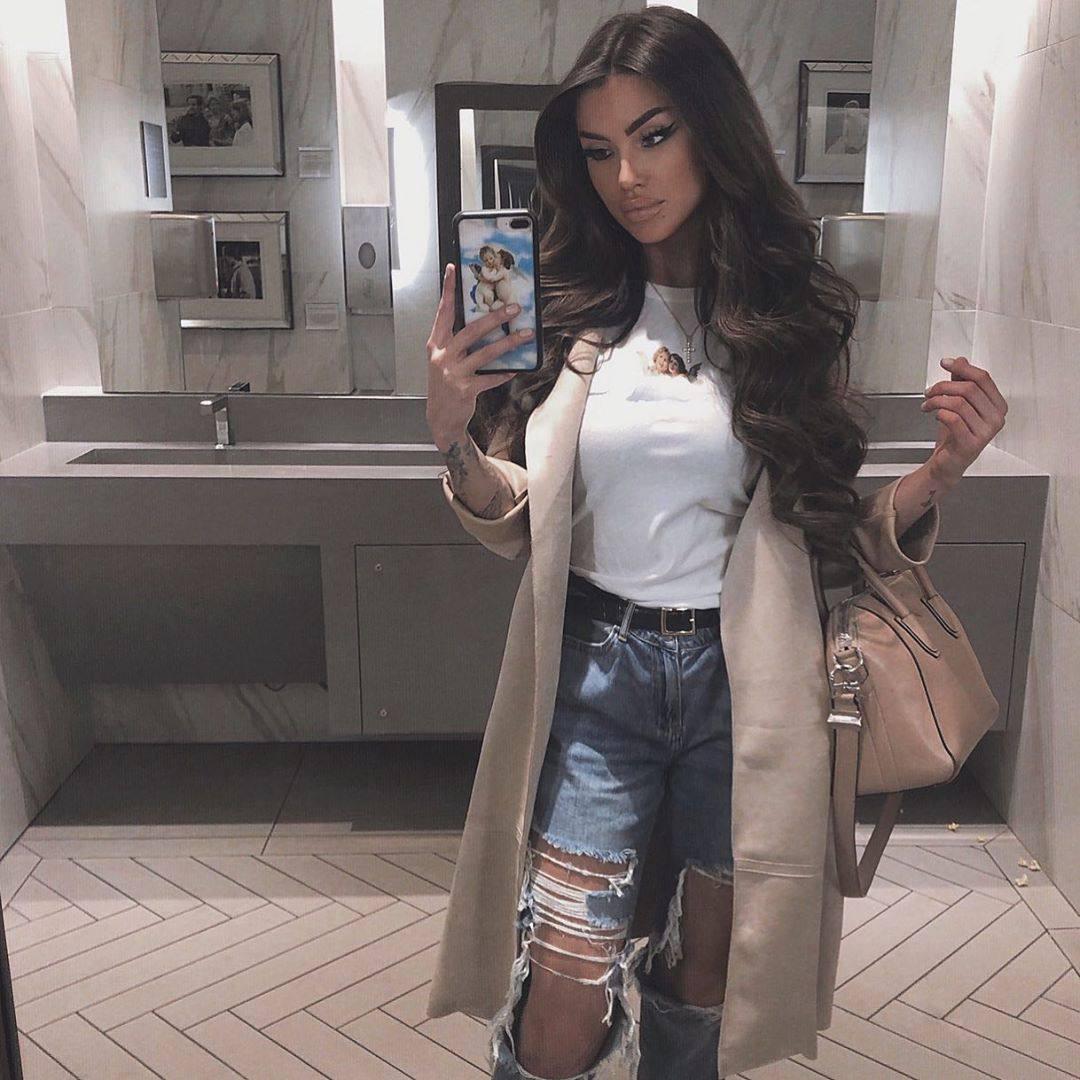 Christina Jane Summer – Big Sexy Boobs In Hot Instagram Pics 0002