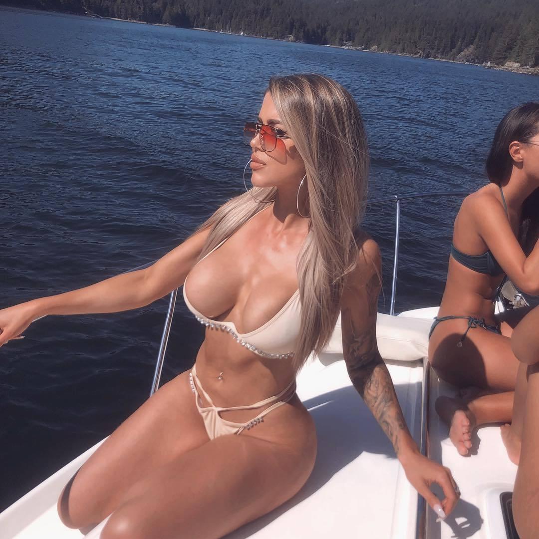 Christina Jane Summer – Big Sexy Boobs In Hot Instagram Pics 0027