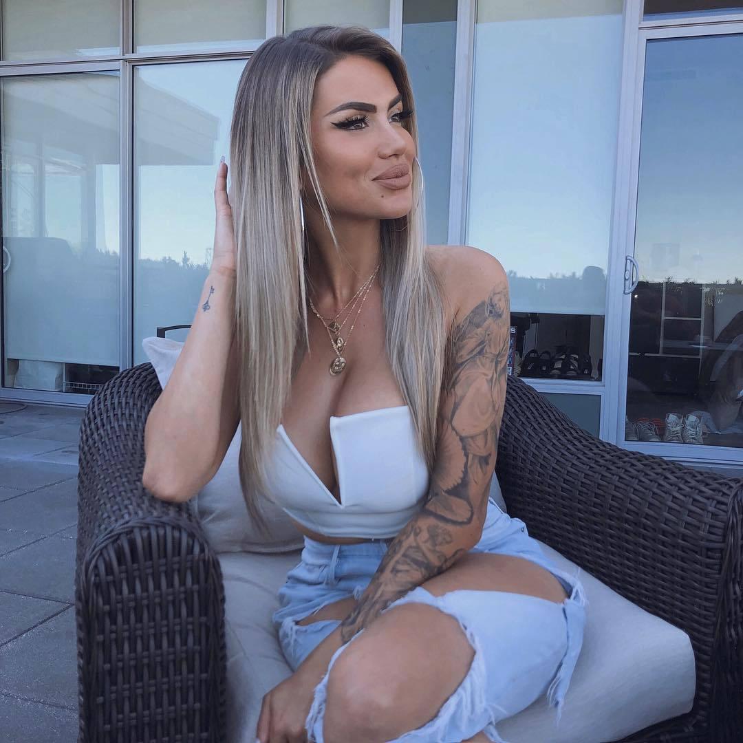 Christina Jane Summer – Big Sexy Boobs In Hot Instagram Pics 0028