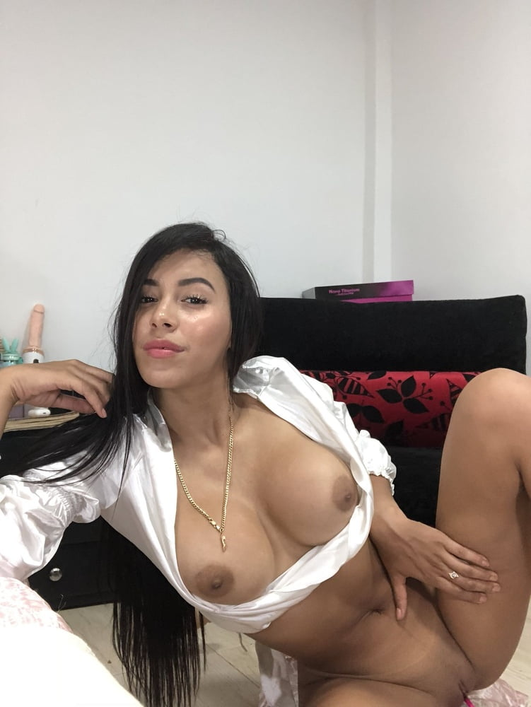 Dahyn Onlyfans Nude Leaked Pussy Photos 22
