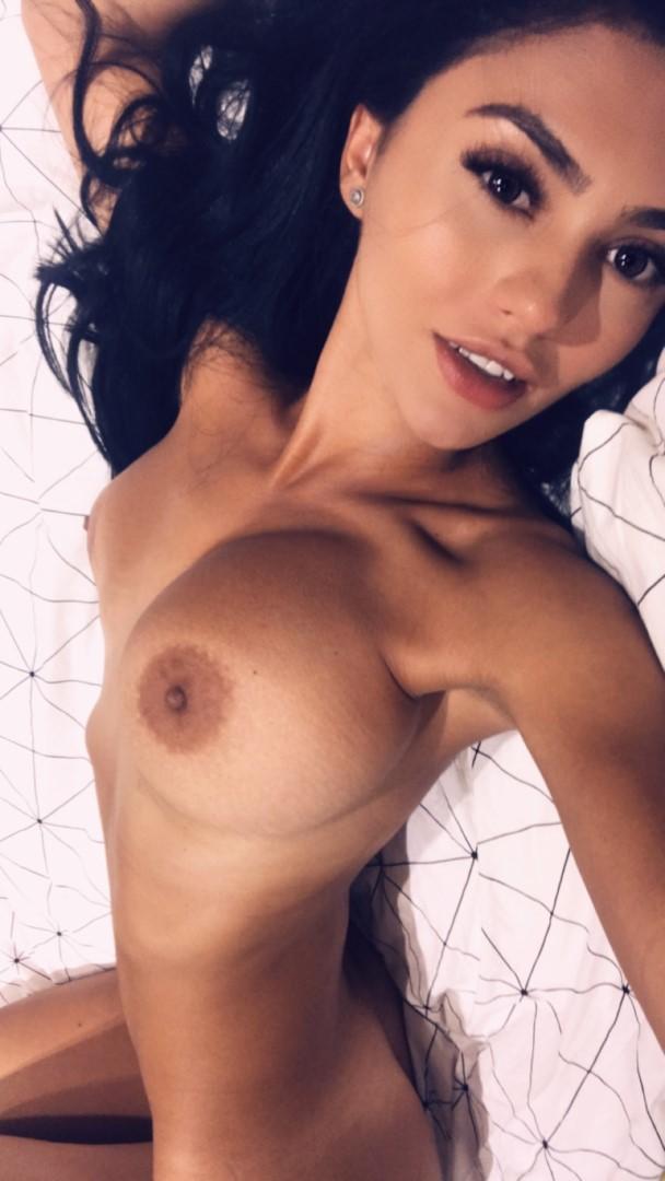 Emmazing Onlyfans Leaked Nude Emmakuzi Photos 32