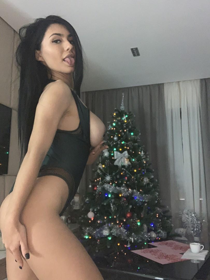 Emmazing Onlyfans Leaked Nude Emmakuzi Photos 5