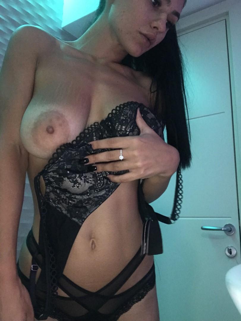 Emmazing Onlyfans Leaked Nude Emmakuzi Photos 58