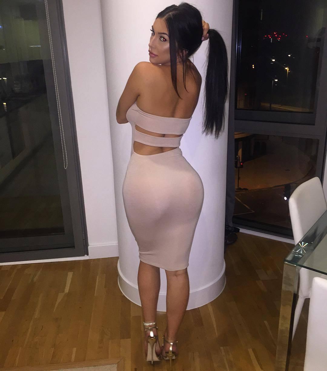 Erin Budina – Sexy Body In Racy Instagram Pics 0003