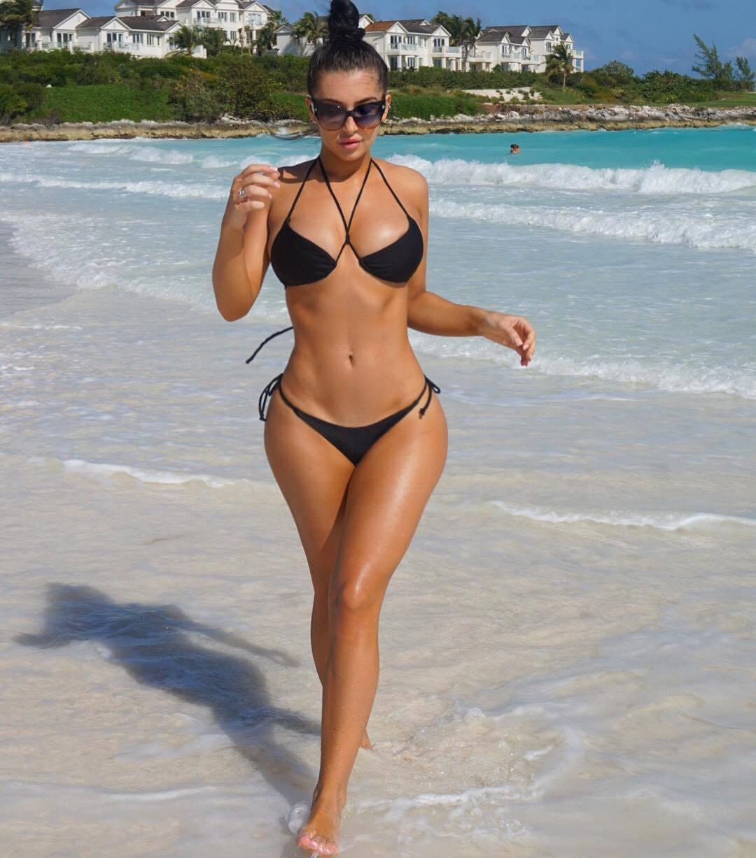 Erin Budina – Sexy Body In Racy Instagram Pics 0013