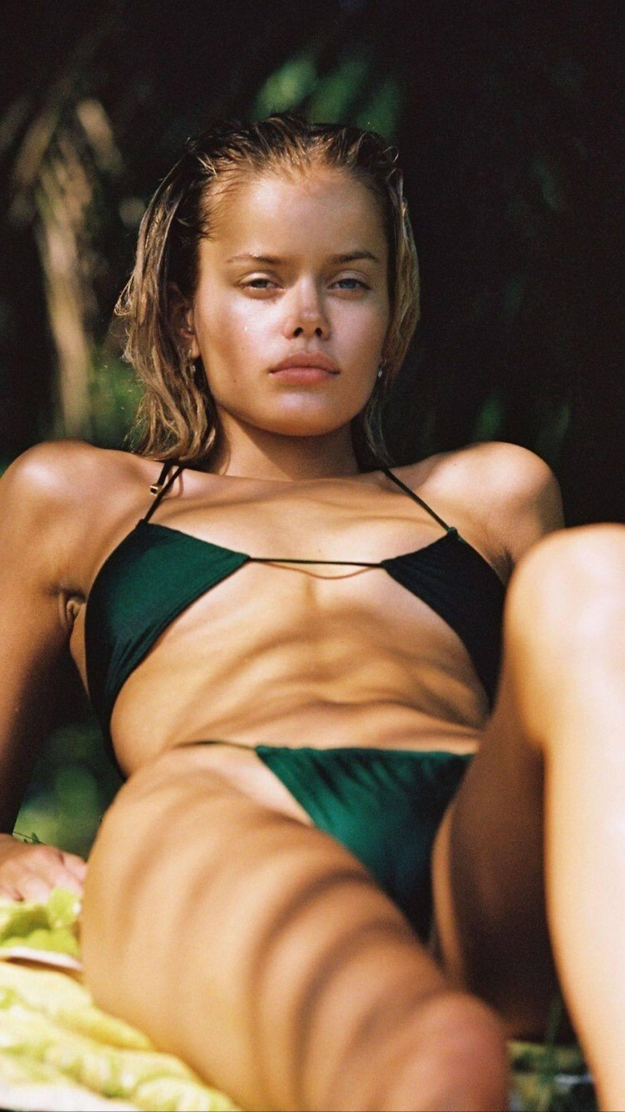 Frida Aasen – Sexy Boobs In Hot Braless Photoshoot 0005