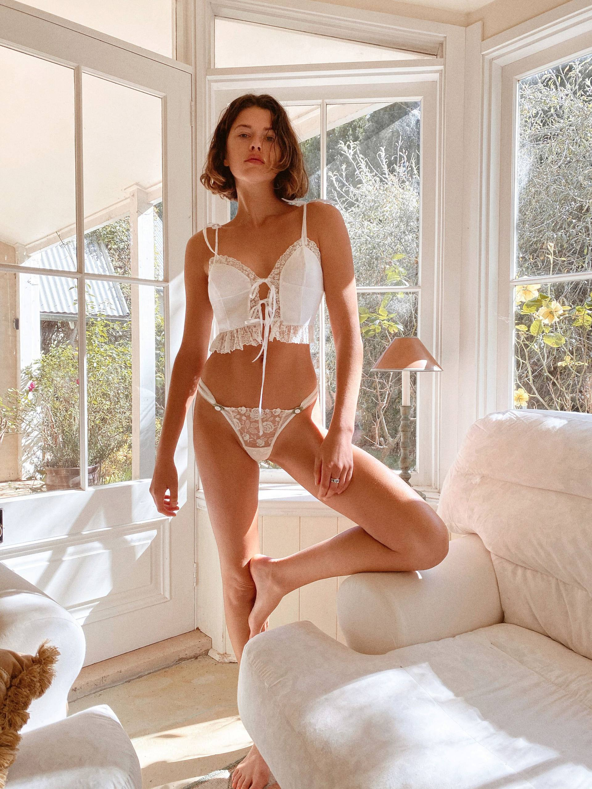 Georgia Fowler – Hot Body In Sexy Lingerie For Victoria's Secret X For Love & Lemons Photoshoot 0004