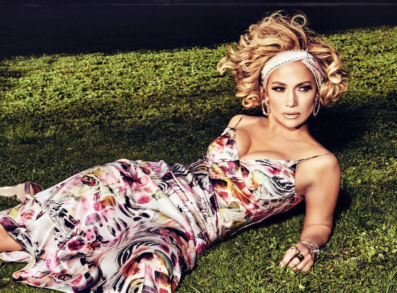 Jennifer Lopez – Sexy Boobs And Legs In Beautiful Photoshoot For Guess Spring Summer 2020 Campaign 0010